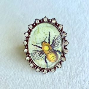 Large Queen Bee Cocktail Ring